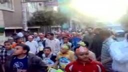 أطفال بأشمون في مسيرة مؤيدة لأشرف بدر الدين مرشح الإخوان المسلمين بدائرة أشمون