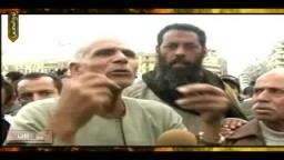 حصرياً .. رجل بسيط شارك فى حرب أكتوبر 73 أفزعته جرائم الشرطة فقرر الإعتصام بالتحرير