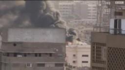 مشهد الحريق الهائل بمكتب الإتصالات بوزارة الداخلية