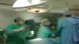 في زمن الانقلاب .. أطباء يرقصون غرفة العمليات