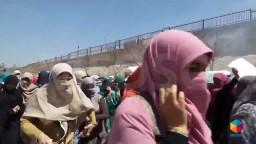 طالبات الأزهر يواصلن تظاهرهن ضد العسكر